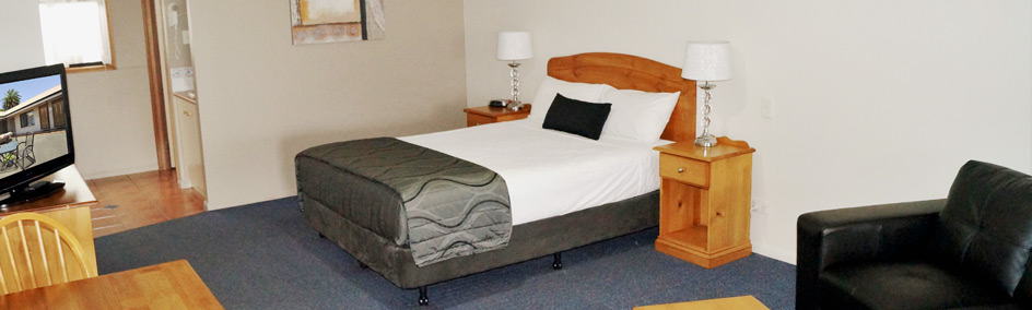 Spacious motel rooms close to hospital - Toowoomba